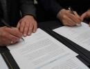 Unterzeichnung-MINT-Zentrum-1klein