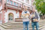 Weinheim fürs Wohnzimmer: Neuer Kalender mit imposanten Fotos aus der Zweiburgenstadt