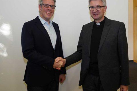 Kreis Bergstraße: Bischof Peter Kohlgraf zu Gast im Landratsamt