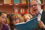 Kreis Bergstraße: Kindliche Kompetenzen mit gemeinsamen Lesezeiten fördern – Landrat Engelhardt ruft zum Vorlesen auf