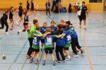 """TSV/ Amicitia Viernheim  D-Jugendhandballer feiern besonderen """"Heimsieg""""."""
