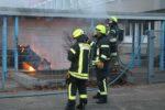 Viernheim: Container Vollbrand auf dem Schulhof der Nibelungenschule