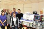 Bülent Ceylan spendet Transport-Inkubator für Neugeborene