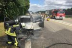 Fahrzeug brennt auf der A5 komplett aus