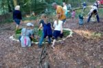Heppenheim: Erster Oma-Opa-Enkeltag Baumwippe, Stockbrot und Waldmandala