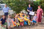 Kindergarten Kleeblatt freut sich über eine schöne Außensitzgarnitur