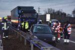 A 6 – Viernheim: Schwer verletzter Autofahrer nach Kollision mit Lastwagen und Leitplanke Vollsperrung der A 6 Richtung Mannheim
